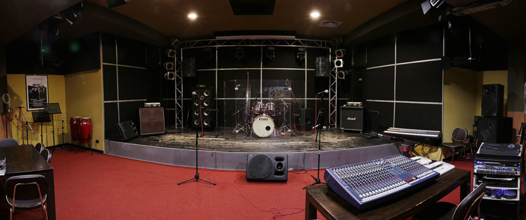 Sala Karaoke zona Porta Monforte Milano